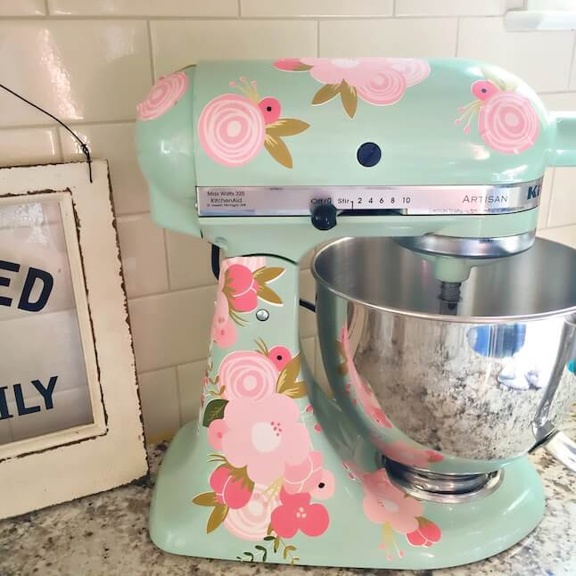 Diy Kitchenaid Mixer Decals ~ Diy kitchenaid mixer using printable vinyl kayla makes