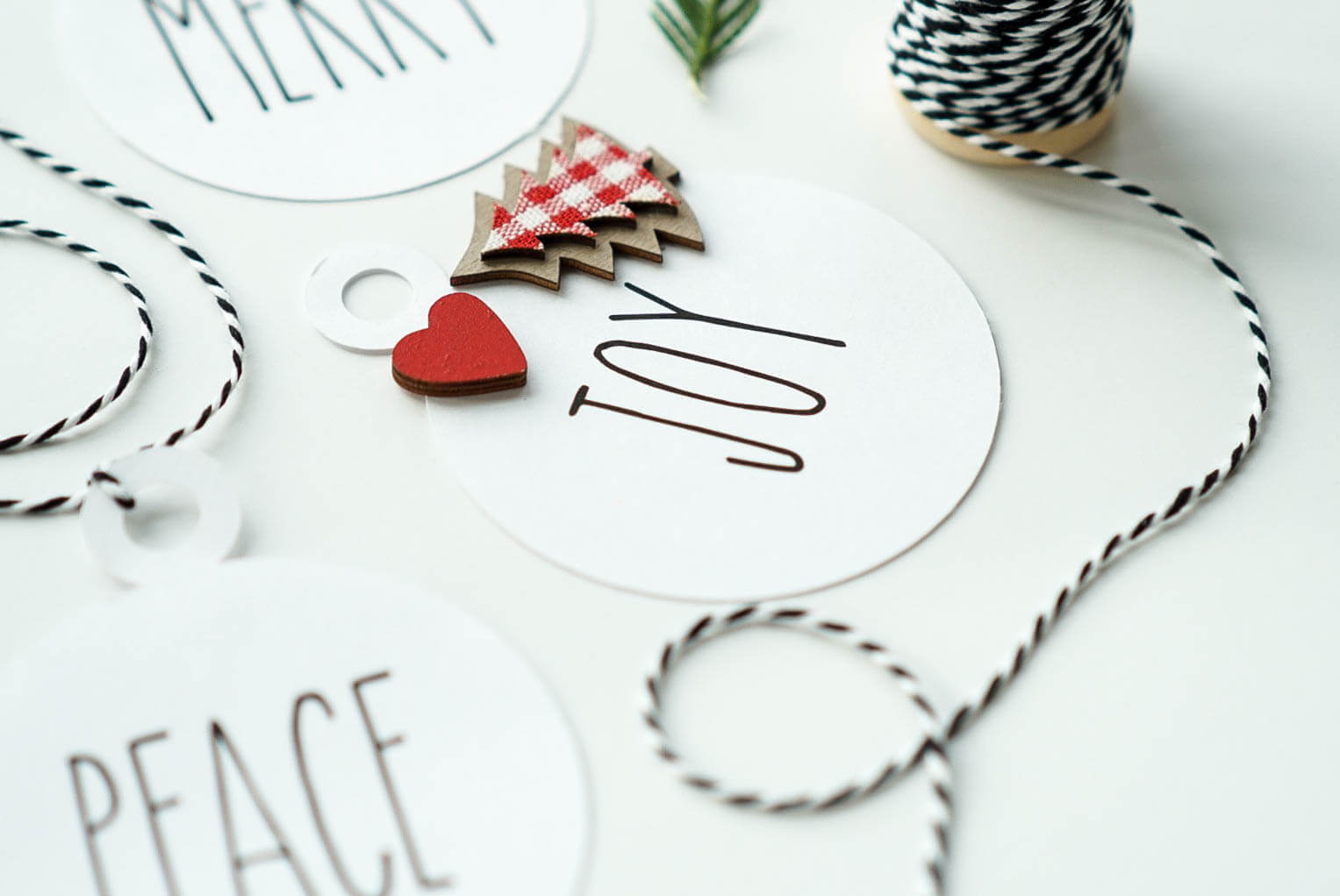 print then cut gift tags