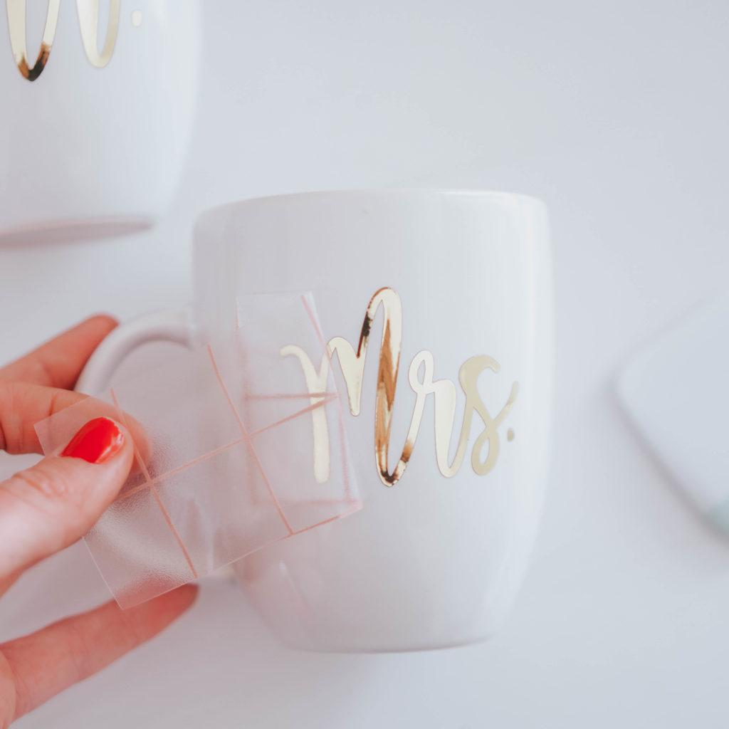 Diy Gift Idea Bride And Groom Mugs With Chrome Adhesive Vinyl Kayla Makes